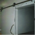 Плъзгащи хладилни врати