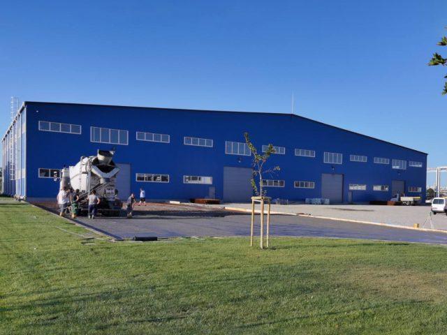 Козирог27 ЕООД изгради складова база Кремиковци чрез метална конструкция и изолационни стенни и покривни термо панели