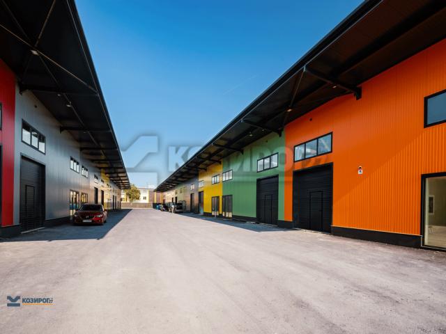 Козирог 27 ЕООД участва в изграждането на Складова база Бургас Юг с монтаж на фасадни и покривни термопанели и завършващи окомплектовъчни детайли.